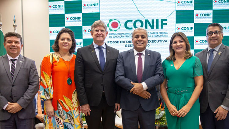 Reitor do Ifes toma posse como presidente do Conif